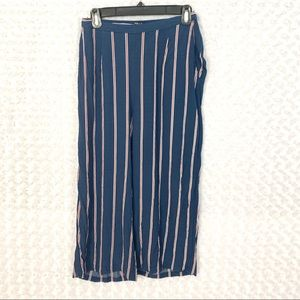 Abercrombie & Fitch Wide leg striped pants